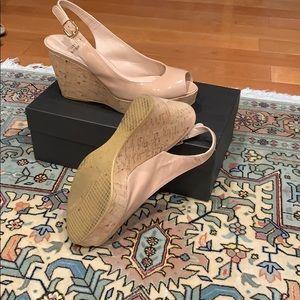 STUART WEITZMAN patent leather shoes